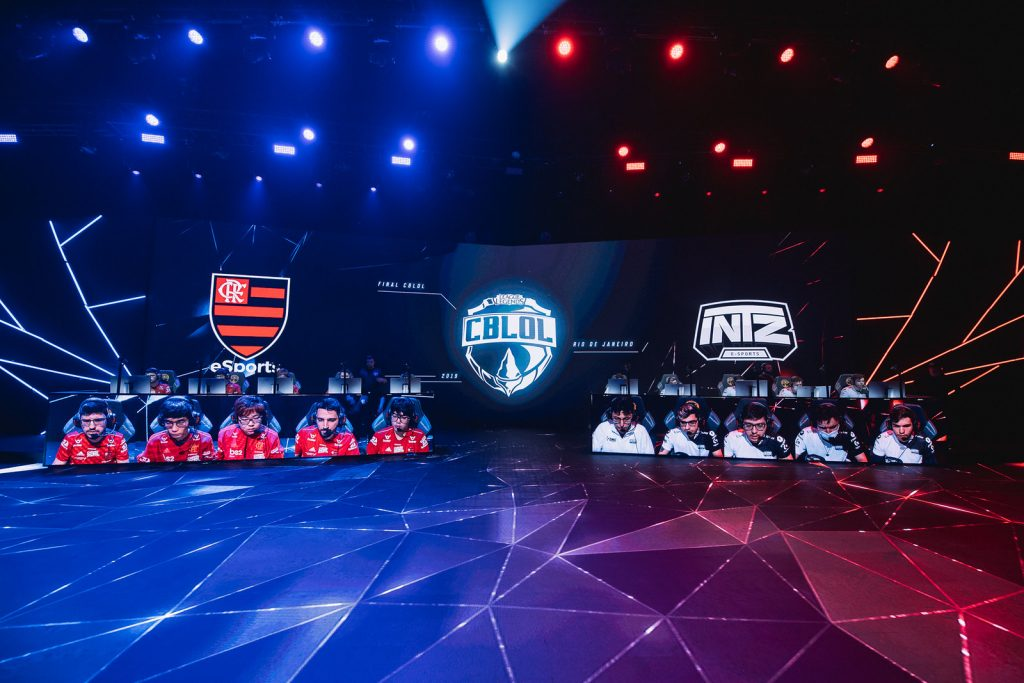 Final-do-CBLoL-teve-pico-de-mais-de-300-mil-espectadores